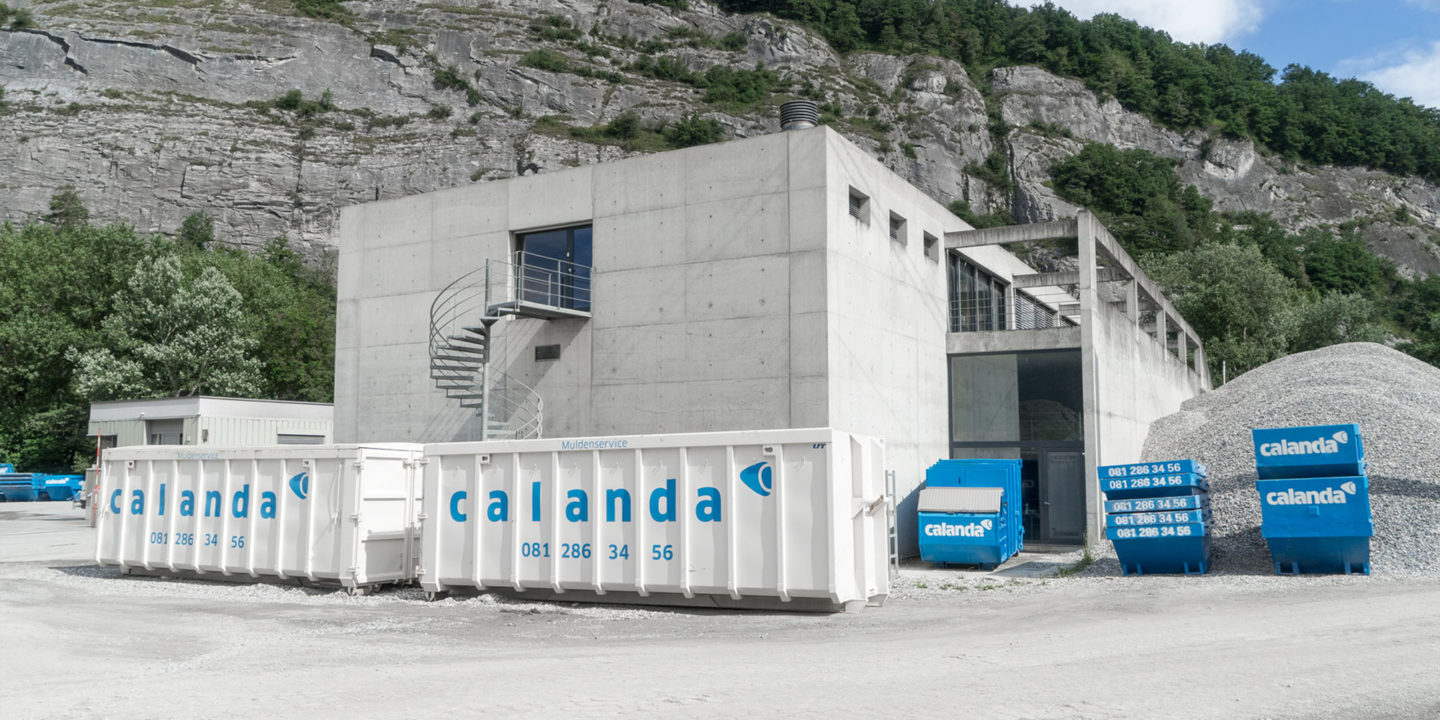 Corporate Identity Calanda Gruppe Kennzeichnung Baucontainer