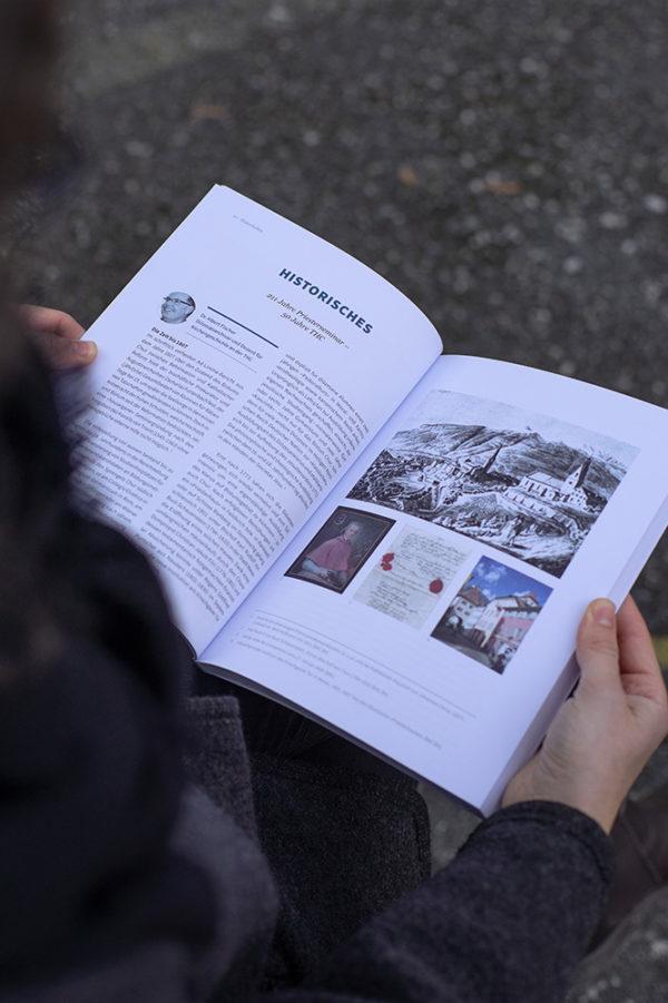 Corporate Design Theologische Hochschule Chur Jahresbericht 02