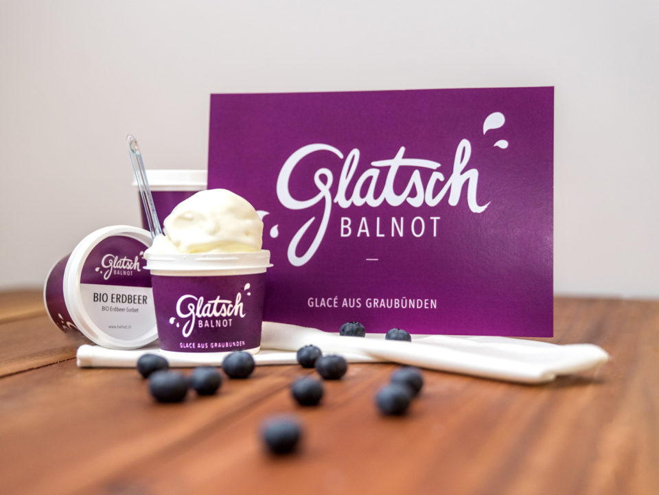 Corporate Identity Glatsch Balnot Flyer Glacebecher