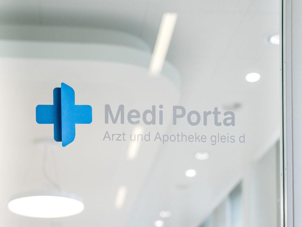 Corporate Identity Medi Porta Beschriftung
